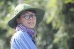 Nữ tình nguyện viên xinh xắn tiếp sức sĩ tử Thái Nguyên