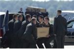 Clip: Toàn cảnh đưa quan tài nạn nhân MH17 về cố hương