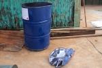 Hà Nội: Nổ thùng phuy, một cháu bé chết thảm