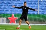 Ronaldo, Bale tập luyện hăng say, chờ chiến Siêu cúp châu Âu