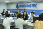 Ngành ngân hàng 'vượt khó', Eximbank một mình bết bát