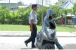 TP.HCM: Bất ngờ vì bảo vệ trường mang súng lục