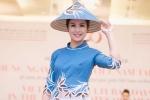 NTK Minh Hạnh mang áo dài, nón lá Việt Nam đến đất Mỹ