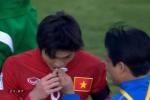 Tuấn Anh chảy máu mồm, Quế Ngọc Hải húc vỡ đầu cầu thủ Iraq