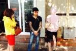 Truy quét 'quái xế' xăm trổ chở chân dài lộng hành ở Hà Nội