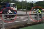 Clip: Pha rượt đuổi gay cấn giữa cảnh sát lái môtô và… phụ nữ đi xe đạp