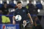 Messi mướt mồ hôi chờ đấu siêu cúp châu Âu