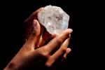 Clip: Cận cảnh viên kim cương 'khủng' 1.109 carat giá hơn 1.555 tỷ đồng