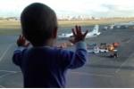 Bé gái 10 tháng tuổi thành biểu tượng đau buồn của thảm kịch máy bay Nga
