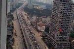 Hà Nội: Ùn tắc khủng khiếp tại đường vành đai 3 trên cao