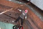 Giông lốc ở Sài Gòn: Cây đổ, mất điện, hố 'nuốt' người