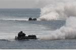 Xem lính thủy đánh bộ Mỹ - Hàn đổ bộ bờ biển