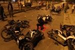 Trốn CSGT, hàng chục 'quái xế' Sài Gòn đâm nhau ngã la liệt
