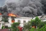 Họp khẩn khắc phục vụ cháy hơn 1200 xe máy