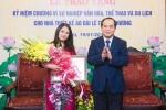 NTK Lan Hương nhận kỷ niệm chương của Bộ VH-TT&DL