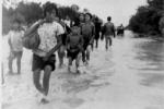 Vỡ đập thủy điện thảm khốc: Trách nhiệm thuộc về ai?