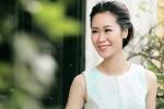 Hoa hậu thân thiện Dương Thùy Linh xuống phố bay bổng và nữ tính