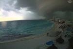 Clip: Đám mây đen khổng lồ sa sầm xuống mặt đất như tận thế