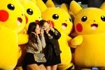 Màn diễu binh vô cùng dễ thương của đội quân Pikachu khổng lồ