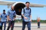 Thừa tiền, Messi tính mua máy bay giống bầu Đức