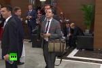 Video: Bắt quả tang kẻ 'hóng chuyện' ông Putin và Obama tại Hội nghị G20
