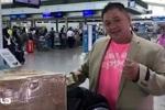 Clip: Anh trai Minh Béo đến Mỹ thăm, dự phiên tòa luận tội em mình