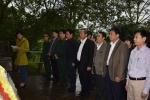Thứ trưởng Trương Minh Tuấn dâng hương tại Khu di tích lịch sử Lèn Hà