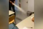 Clip: Thầy giáo đánh thức sinh viên ngủ gật bằng… bình xịt cứu hỏa