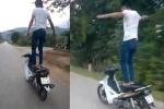 Khiếp đảm clip nam thanh niên buông 2 tay cho xe máy tự chạy