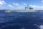 Tàu chiến Trung Quốc mở bạt pháo, chĩa súng vào tàu tiếp tế Việt Nam