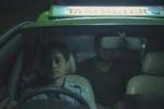 'Rớt nước mắt' clip người mẹ giả trai lái taxi kiếm tiền nuôi con