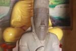 Kỳ bí pho tượng ngàn tuổi cõng 'lá bùa' sau lưng ngoài biển Đông