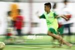 Bầu Đức chiêu mộ tài năng trẻ mồ côi mê cuồng nhiệt bóng đá