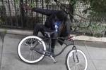 Video: Dùng xe đạp sốc điện 'bẫy' trộm cực bá đạo