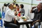 Vì sao Tổng thống Obama chọn uống bia chai Hà Nội cùng bún chả?