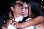 Dustin Nguyễn tình tứ hôn BeBe Phạm như thuở mới yêu