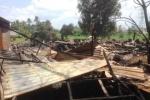 Xưởng gỗ bùng cháy dữ dội, cả khu dân cư hoảng loạn
