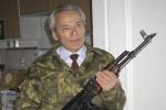 Tiết lộ về huyền thoại Mikhail Kalashnikov và khẩu AK lừng danh