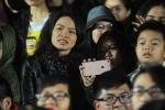 Vợ và hai con Trần Lập dự sinh nhật 21 năm của Bức Tường