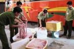 Mang 520kg lòng lợn thối ra Hà Nội tiêu thụ