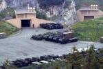 Mỹ đưa xe tăng, pháo vào hang bí mật gần biên giới Nga