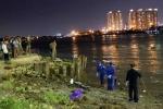 Phát hiện xác người đàn ông trôi sông Sài Gòn