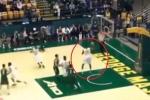 Clip: Cú ném bóng rổ khó tin của sinh viên Mỹ
