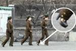 Nữ binh sĩ Triều Tiên đi giày cao gót tuần tra