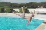 Cười vỡ bụng những pha tai nạn 'khó đỡ' khi nhảy cầu
