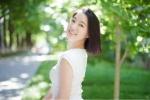 Vẻ đẹp tinh khôi của 'nữ thần Truyền thông' Trung Quốc