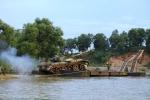Xe tăng, pháo binh vượt sông luyện tập tác chiến