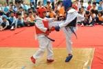 Học sinh tiểu học biểu diễn võ thuật đẹp mắt trong ngày hội thể thao
