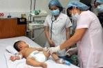 Ba bệnh nhân mới bị viêm não mô cầu đang bình phục