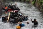 Cận cảnh vịnh Hạ Long bị 'bức tử' sau mưa lũ lịch sử